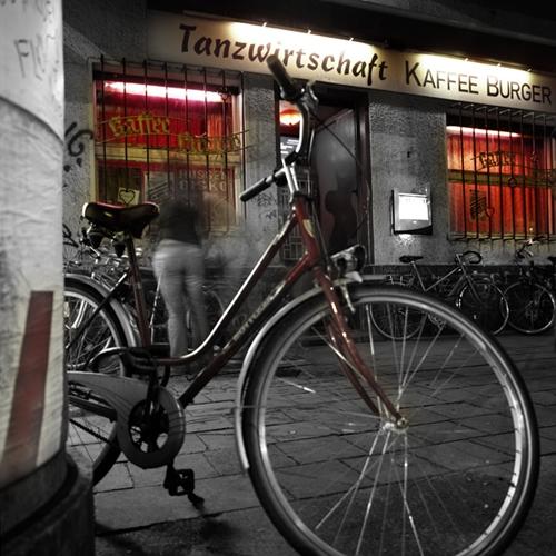 http://mandybuchholz.de/files/gimgs/th-17_17_kaffeeburger.jpg